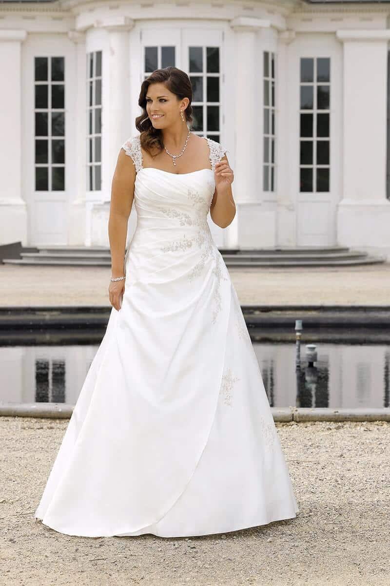 PlusSize-Brautkleider: starker Auftritt mit weiblichen Kurven