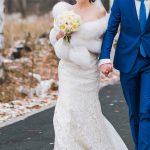 Brautpaar auf einer Straße in Polen